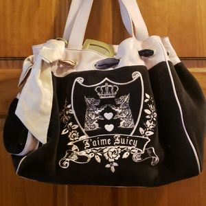 Juicy Couture purse and wrislet set